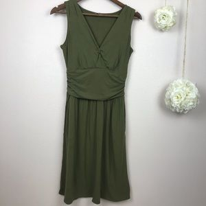 North Face Heartwood Green Dress S